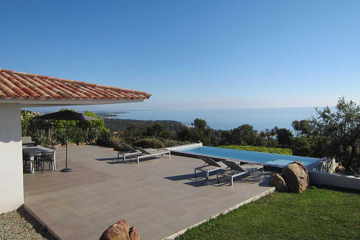 Louer villa corse location de villas maisons en corse du for Villa a louer en corse du sud avec piscine
